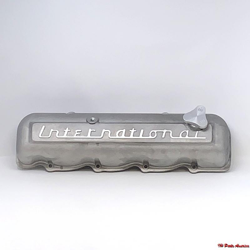 Aluminum Valve Cover w/ International Script for IH 152, 196, 266, 304, 345, 392 Engine